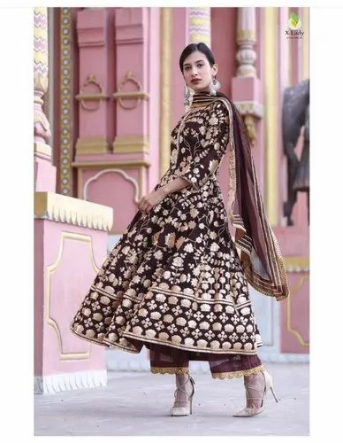 Pink NV Georgette Suit For Women