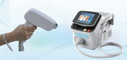 Triple Wavelength Diode Laser