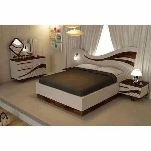 Designer Wooden Bedroom Bed Set
