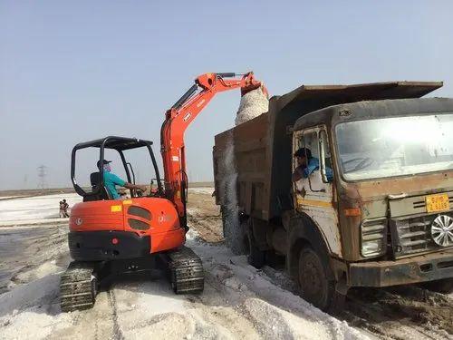 Kubota Excavator - View Specifications & Details of Kubota Excavator
