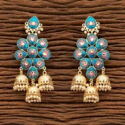 Women Indo Western Trendy Earring with Gold Plating 100110