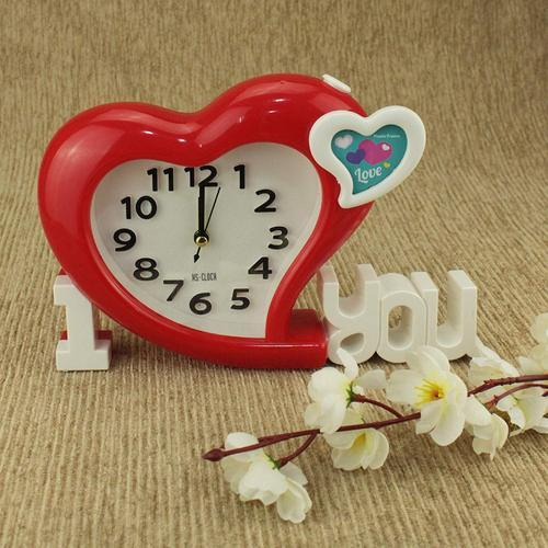 Avmart I Love You Red Heart Shape Analog Table Alarm Clock With Mini Photo  Frame