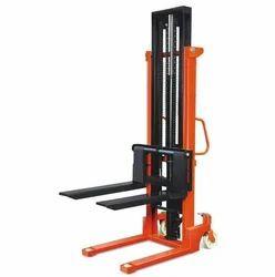 Mild Steel Manual Pallet Stacker