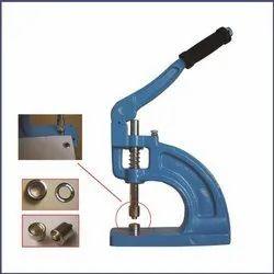 Eyelets Fixing Machine