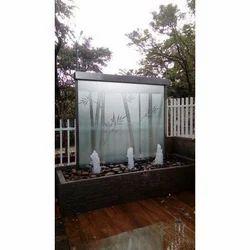 Creative Arts White Garden Wall Fountain