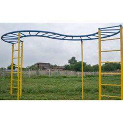 SNS 339 S Shape Bridge Ladder Playground Climber