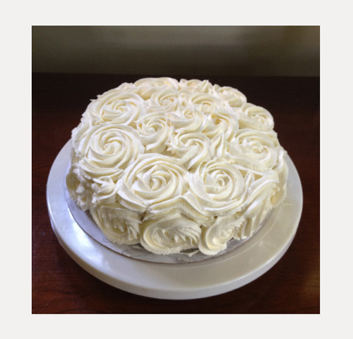 Round White Rose Cake Half Kg Chocolate, Rs 1099 /piece, Ferns N ...