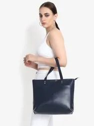 Double Front Pocket Tote Bag in Black