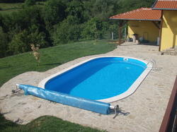 Oval Shaped Swimming Pools, Dimension: 12 x 2.5deep