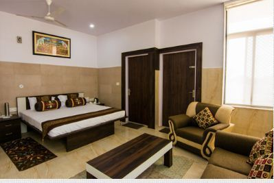 Double Bed AC Room Service