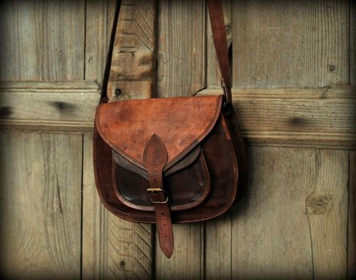 Women/'s Vintage Looking Brown Leather Messenger Cross Body Handmade Purse