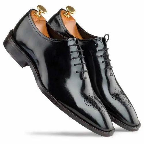 Escaro Royale Black Medallion Wholecut Oxford Shoes, Size: 6