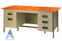 Akash Gray Steel Office Table, Size: 4.5 X 2.5 X 2.5