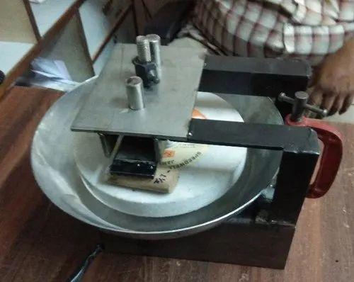 Gopee Sandalwood Paste Grinding Machines, Capacity: 50 Gms, 220/110