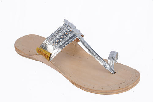 bfa8bf055829 Stylish Kolhapuri Slippers at Rs 650 /pair | Kolhapuri Chappal | ID ...