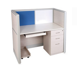 Single Seating Workstation with Padestral