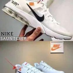 Off White And Black Nike saunterer