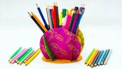 Handicraft Pen Holder