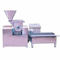 Semi Automatic Macaroni Machine