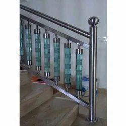 Fancy SS Glass Railing