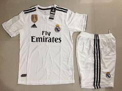 Men Large And Medium Real Madrid Football Jersey 2019 4efd0b8c0