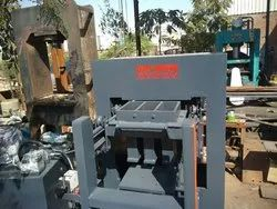 Semi Automatic Mulitype Fly Ash Bricks & Paver Blocks Making Machine