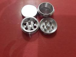 Smoking Metal Grinder