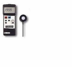 LUTRON - UV Light Meter, RS-232 - Model No - UVC-254