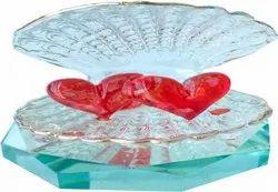 Molding Wite Red 1st Time ShowPiece For Decoration, Size/Dimension: 5 Cm X 6 Cm X 4 Cm