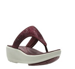 458c3519d3cd3 Clarks Leather Wave Dazzle Sandal