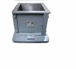 ISI Cube Moulds