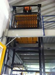Electrical Goods Lift