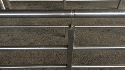 Silver Galvanized Mild Steel Railing, For Office and Hotel, Mounting Type: Floor