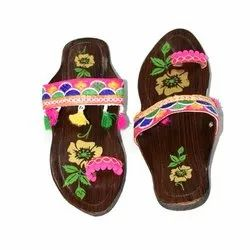 Traditional Ethnic Kolhapuri Chappal