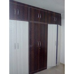 Hinged Designer Wooden Wardrobe