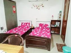 AC Twin Sharing Rooms With Attached Bathrooms PG For Girls