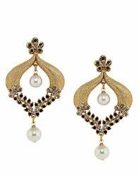 Golden Black Pearl Earring