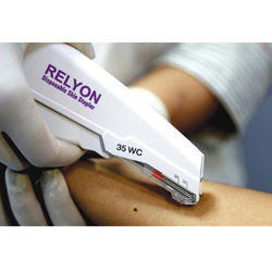 Relyon Plastic and Stainless Steel Skin Stapler