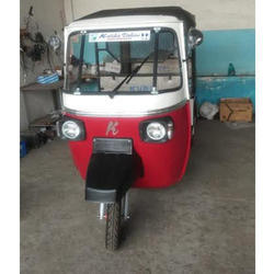 Heavy Duty Electric Rickshaw