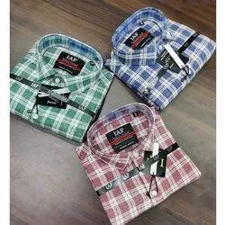 Cottton Collar Neck Half Sleeve Mens Check Shirt, Machine wash