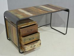 Wood And Metal Rectangular Office Desk, Size: 150*80*75