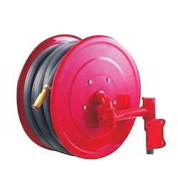 Swinging Hose Reel with Nozzle