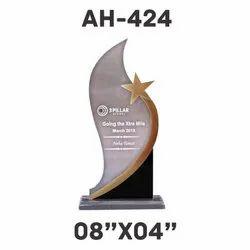 AH - 424 Acrylic Trophy