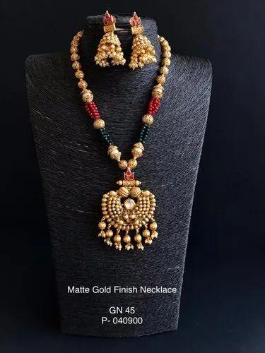 Golden Cultured Neckpiece