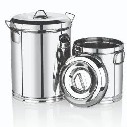 Storage Container with Handle