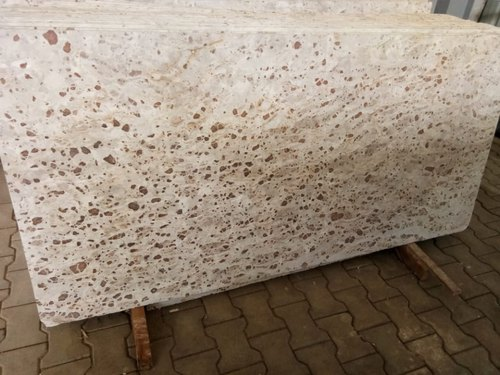 Polished Finish Beige Natural Marble Slab, Thickness: 15-25 mm