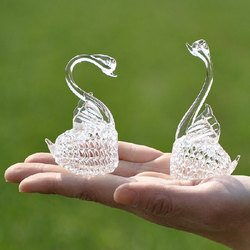 Glass Swan Pair