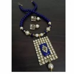 Party Wear Artificial Jewelry Charming Classic Kundan Necklace Set