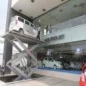Hydro Showroom Scissor Car Lift