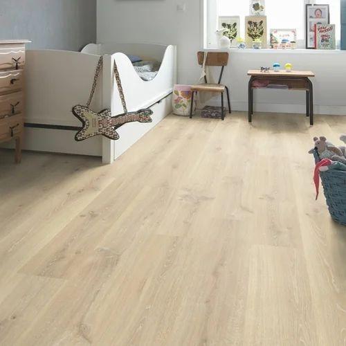 Quickstep Charlotte Oak White Laminate Flooring